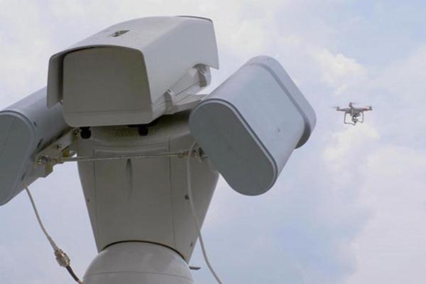 目前市面上都有哪些反无人机系统方案?