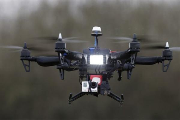 击败无人机的理想方式-无人机干扰器